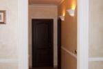 оформление колоннами коридора