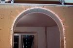 отделка арки уголком