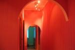 покраска стен в красный