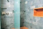 ванная отделанная плиткой