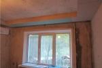отделка окна в комнате