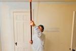 покраска потолка из гкл