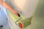 нанесение краски специальным валиком