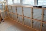 монтаж каркаса на балконе