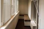 отделка пола и стен на балконе