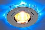 потолок со светильником