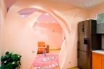 стнека в розовых тонах