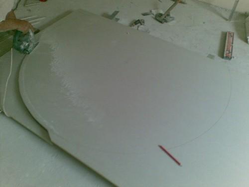 Режем круг на последний короб из гипсокартона