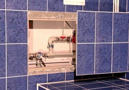 люк под ванной