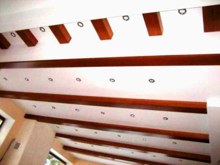 отделка потолка