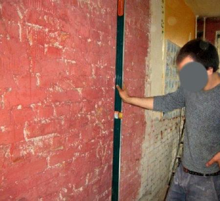 проверка вертикали стены