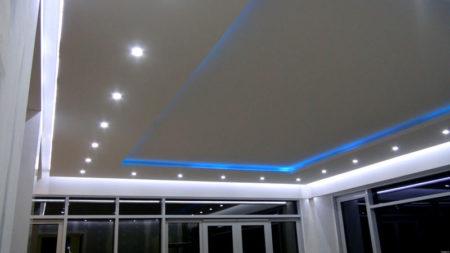 дизайн зал потолок