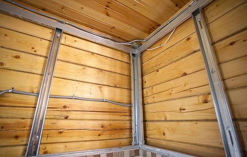 каркас под гипсокартон в деревянном доме