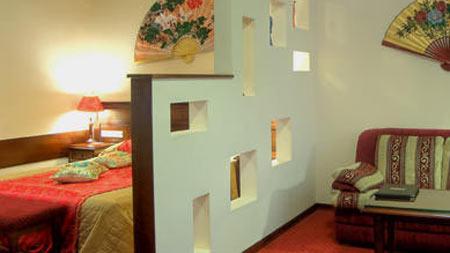 Монтаж гипсокартонной перегородки для зонирования комнаты