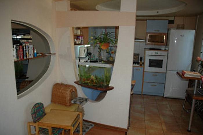 Декоративное разделение кухни при помощиГКЛ