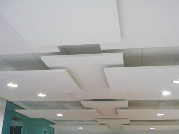 квадраты на потолке