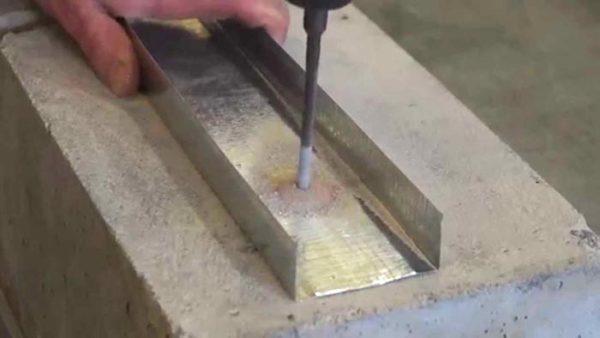 крепление материала