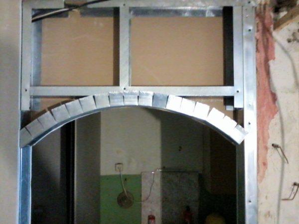 арка на перемычке